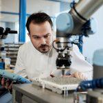 El dilema de las fábricas inteligentes: el humano y la máquina